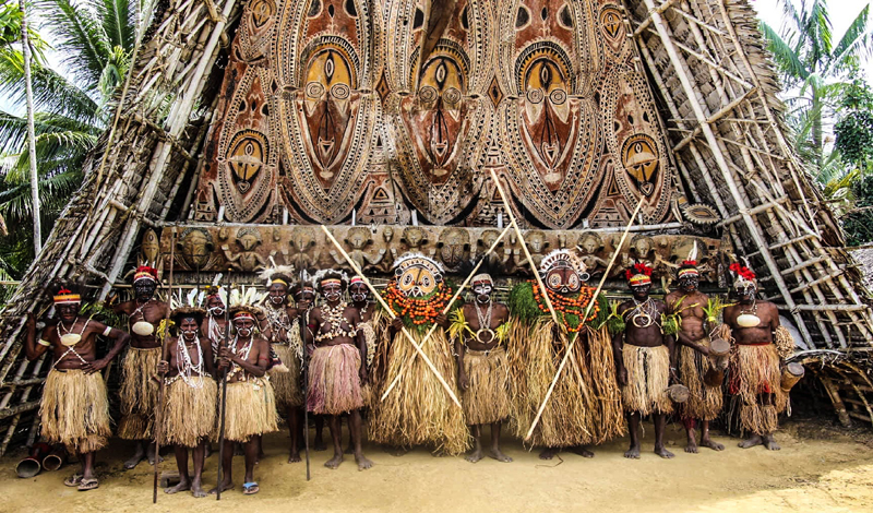 Explore the mighty Sepik