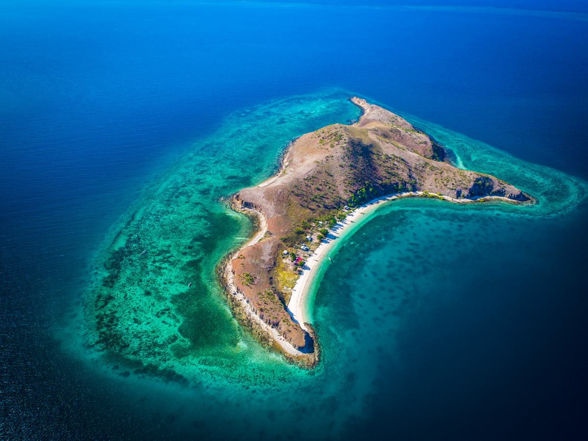 Local island, Manubada
