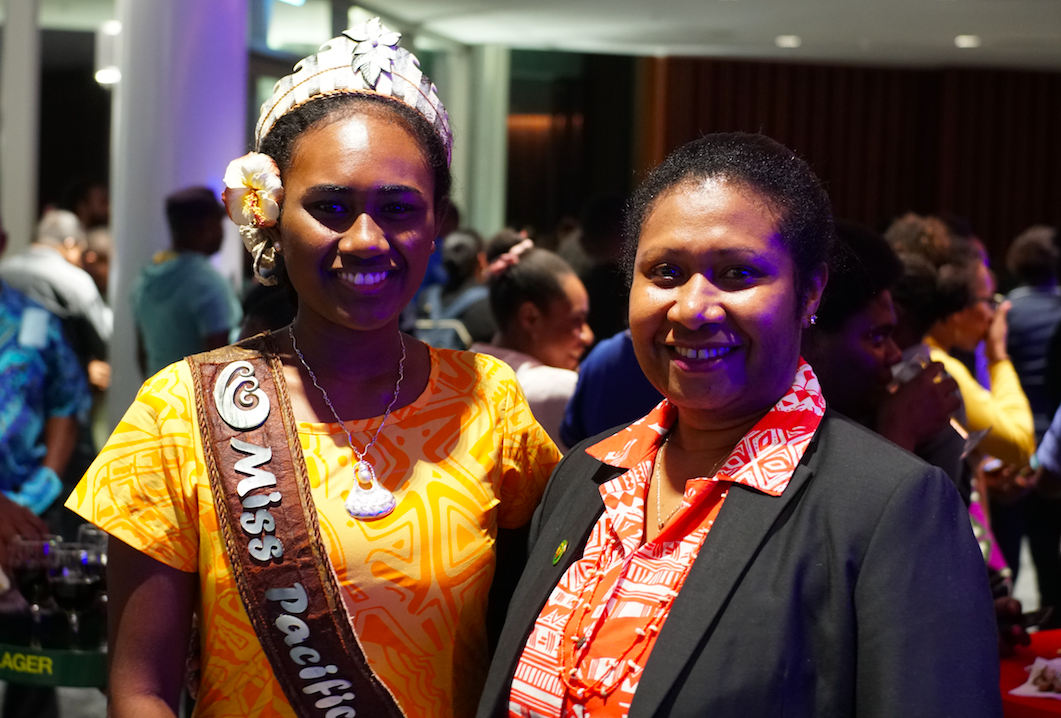 Miss Pacific Islands Leoshina Kariha and PNGTPA director marketing Alice Kuaningi
